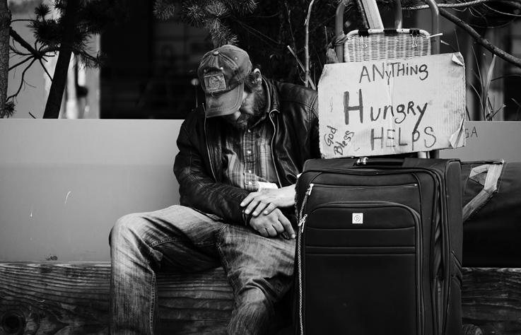 3 分鐘看世界|無家可歸的人怎麼辦?這個城市通過法令禁止在路上睡覺紮營