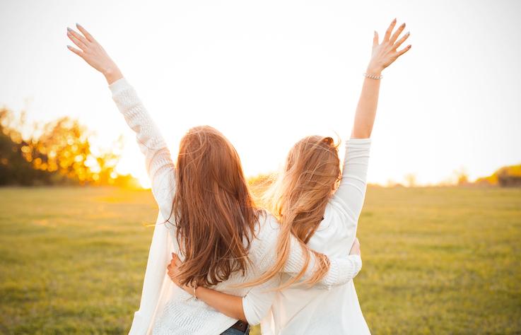 如何在群體中贏得好人緣?學會善用心理學小技巧,提升人際關係!