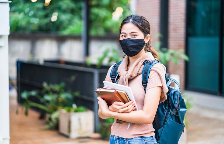 先別說旅遊了,疫情下選擇交換留學或出國深造面臨什麼困境?