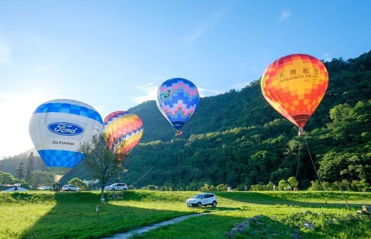 桃園石門熱氣球嘉年會,拉開暑假序幕從地上玩到天上