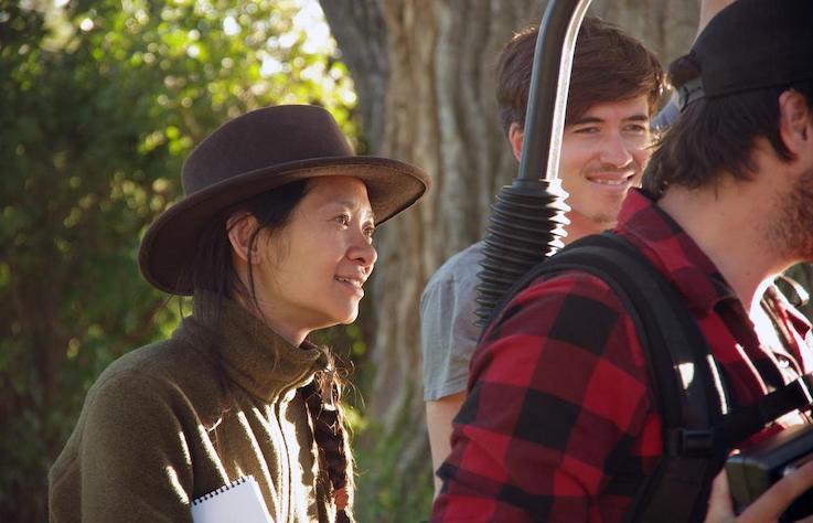 奧斯卡首位華人女性導演獲獎!最懂美國西部精神的趙婷與《游牧人生》