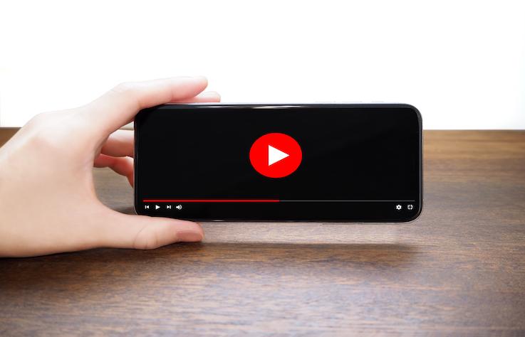 傳統電視式微,數位電視、串流影音、YouTube成為新日常