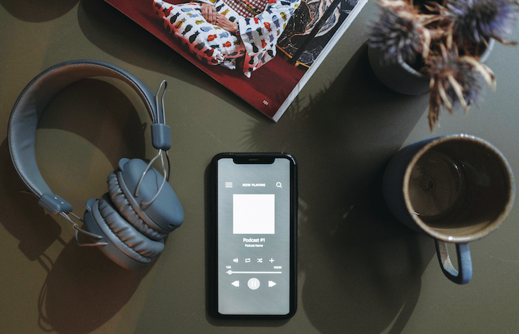 從 Podcast 到 Clubhouse 聲音平台的全新互動模式